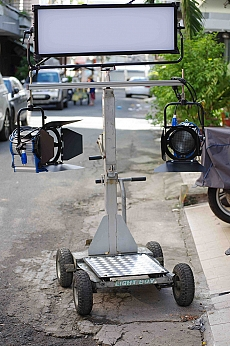xe-day-dolly-treo-den-3-in-1-used-3327