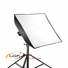 softbox-hat-mua-den-studio-60x60-485