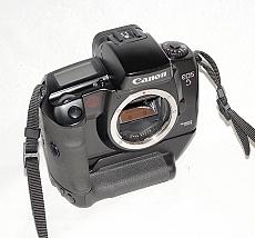 canon-eos-5qd-film-camera-body-with-grip-vg-10---moi-95-2862