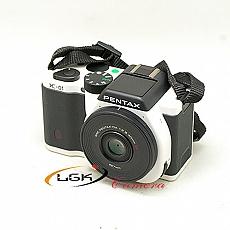 pentax-k01-lens-40mm-f-28-da---moi-95-2211