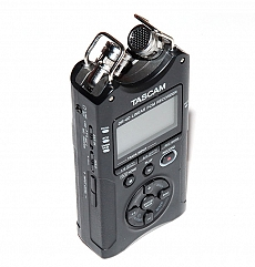 may-ghi-am-tascam-dr-40---moi-90-2812